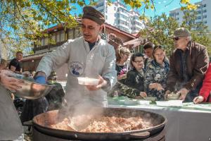 V Фестиваль национальной кухни народов Крыма и Севастополя.