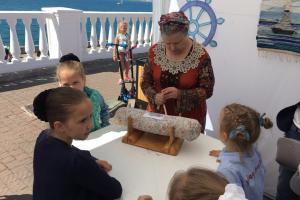 Проект «Сохранение и развитие традиций кружевоплетения на коклюшках в г. Севастополе»